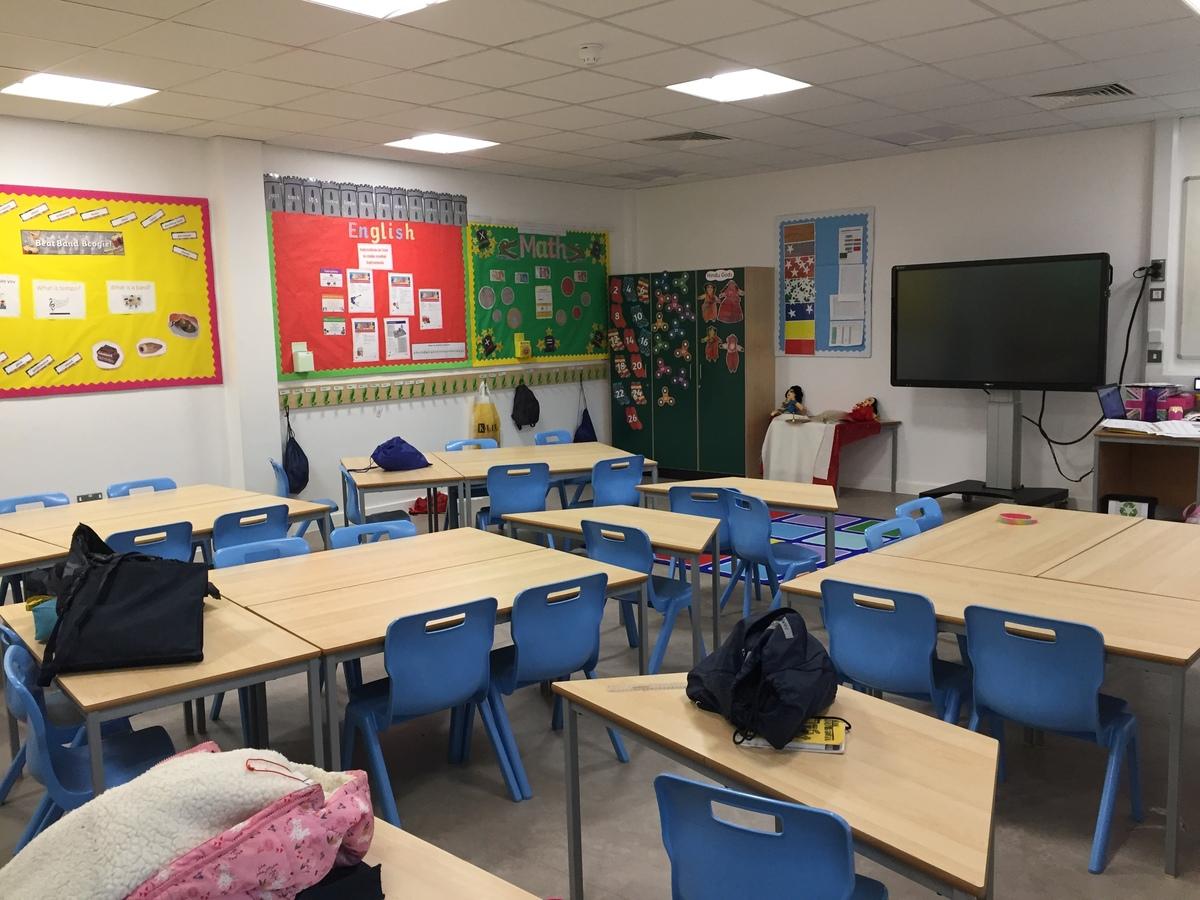 Classrooms - Junior - Krishna Avanti (Croydon) Primary School - Croydon - 1 - SchoolHire