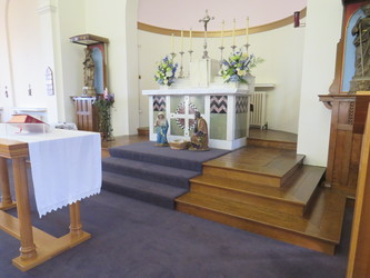 Chapel - St Augustine's Priory - Ealing - 2 - SchoolHire