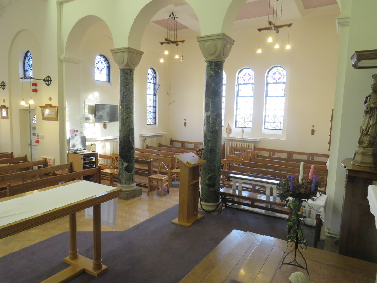 Chapel - St Augustine's Priory - Ealing - 3 - SchoolHire