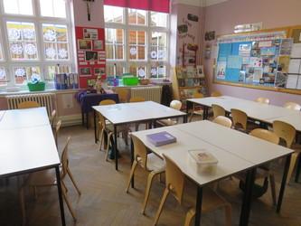 Junior Classrooms - St Augustine's Priory - Ealing - 1 - SchoolHire