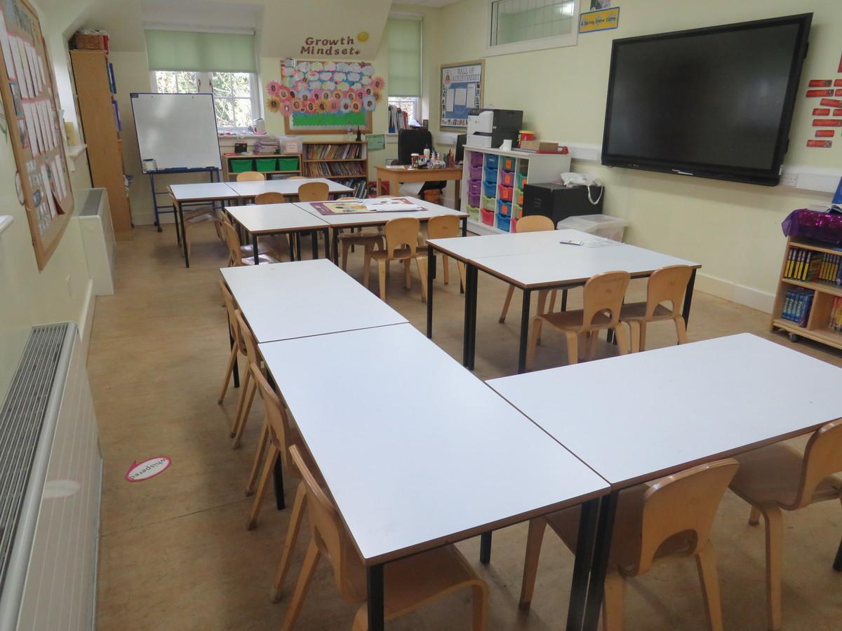 Junior Classrooms - St Augustine's Priory - Ealing - 3 - SchoolHire