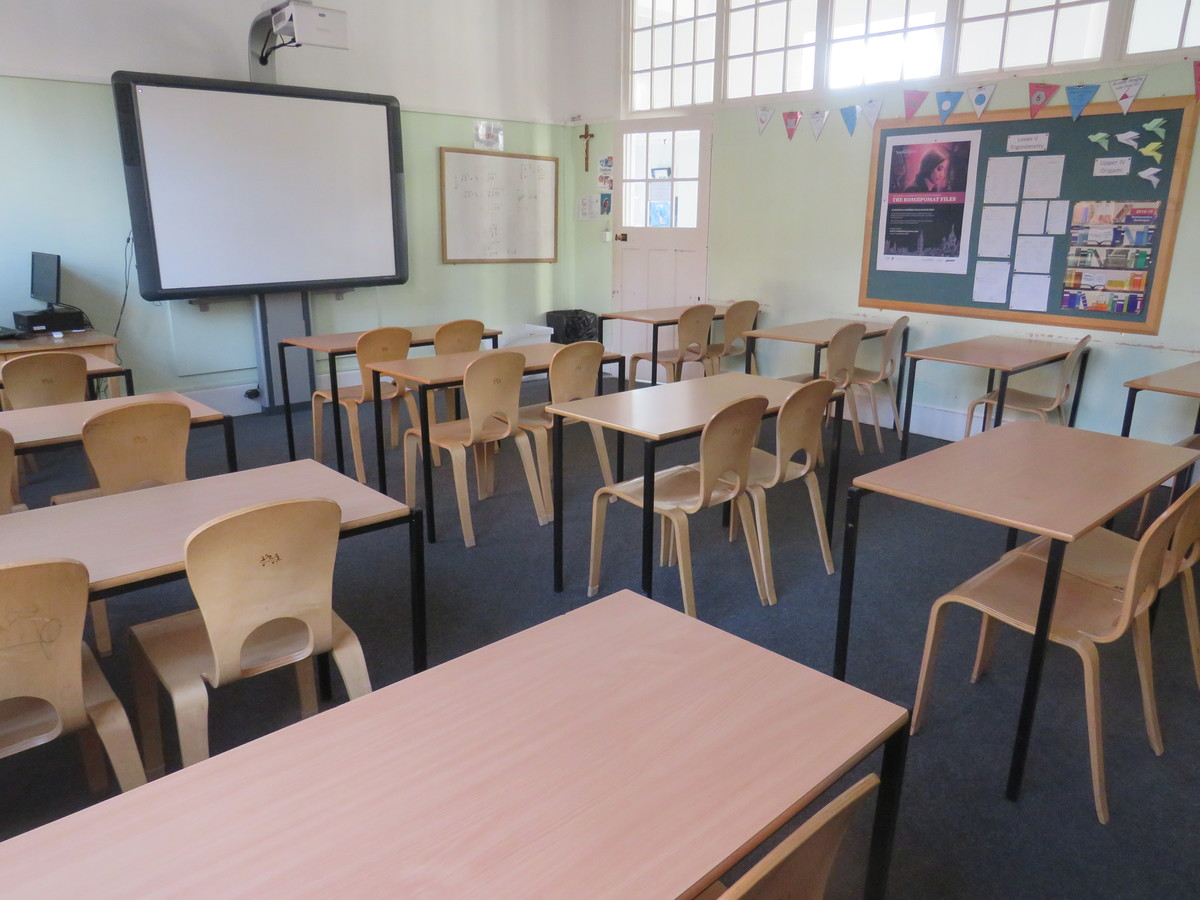 Senior Classrooms - St Augustine's Priory - Ealing - 2 - SchoolHire