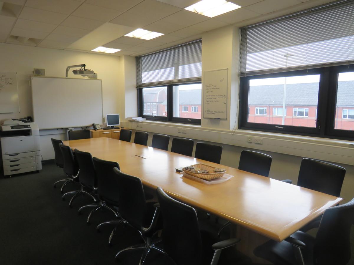 Conference Room - Madani Schools Federation - Leicestershire - 1 - SchoolHire