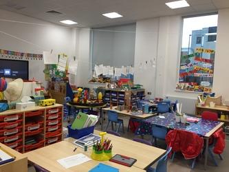 Classrooms - Junior - Krishna Avanti (Croydon) Primary School - Croydon - 2 - SchoolHire