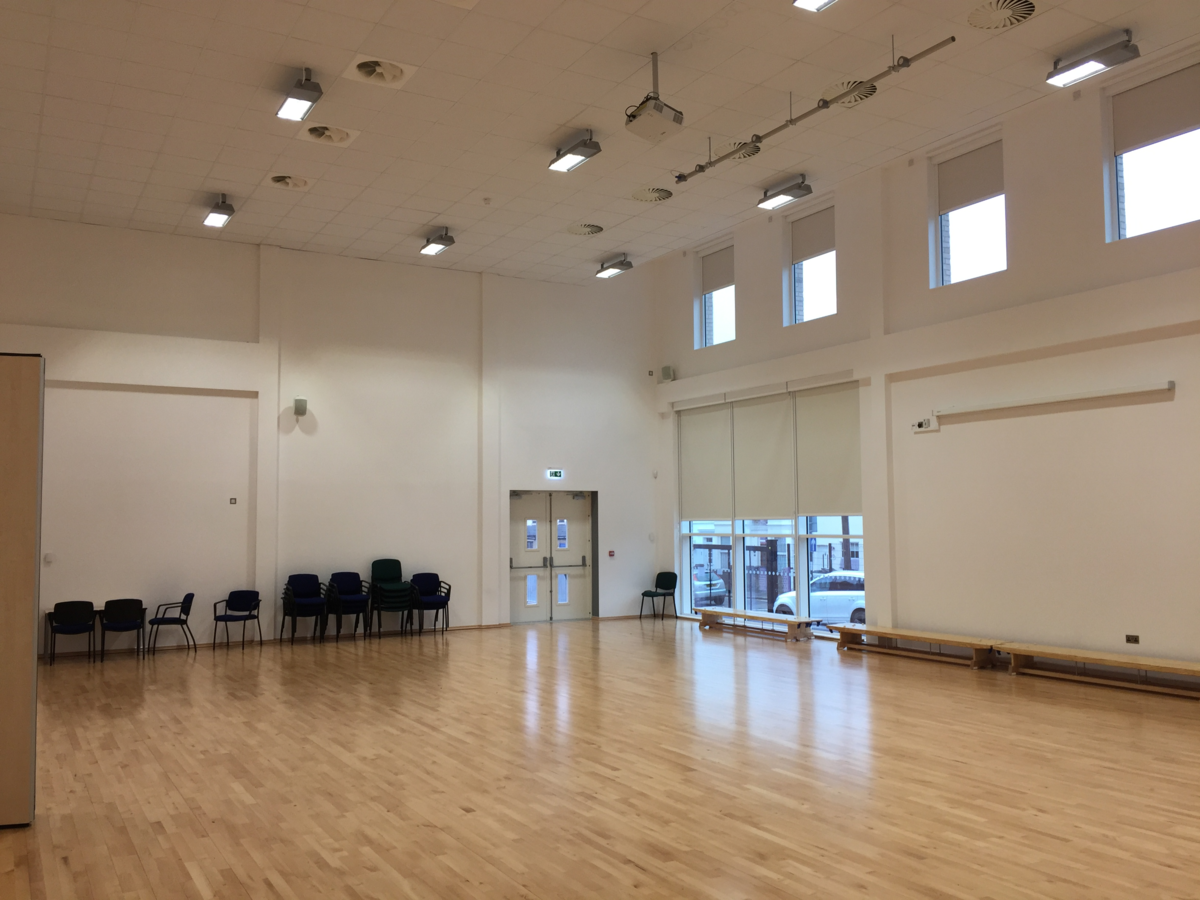 Main Hall - Krishna Avanti (Croydon) Primary School - Croydon - 2 - SchoolHire