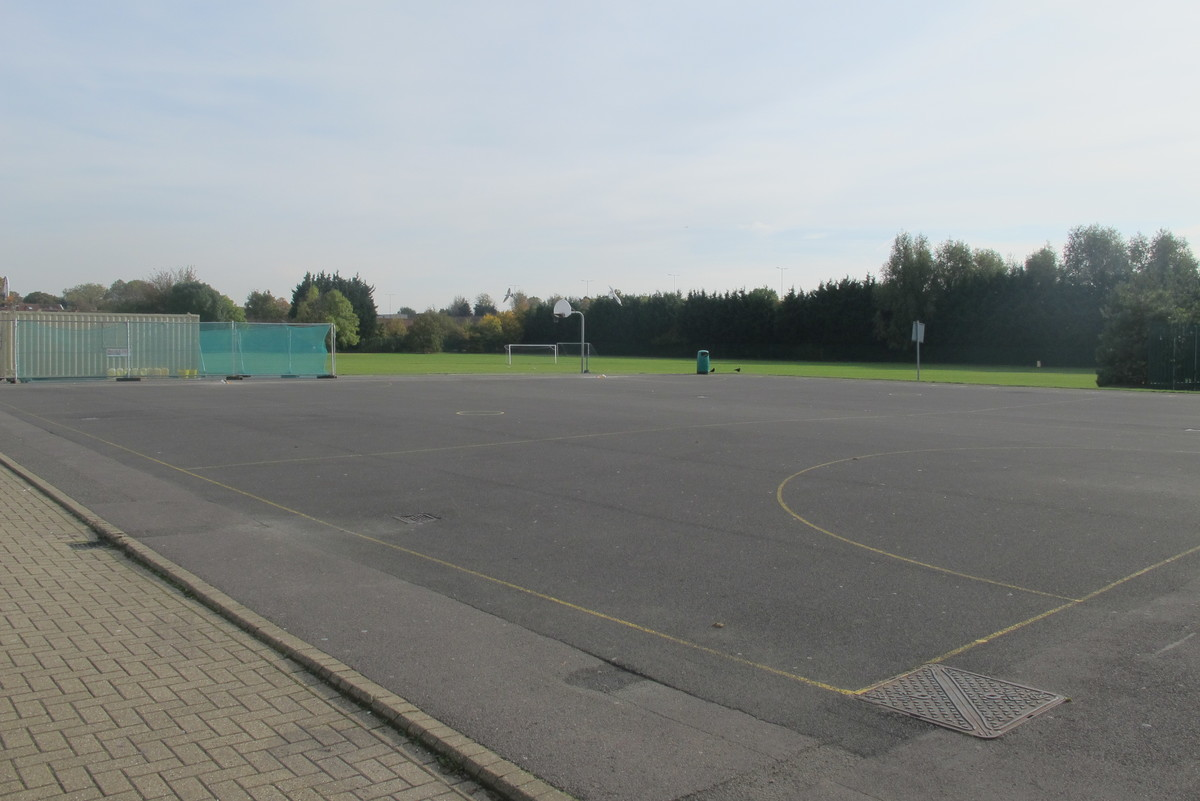 Netball Court - Slough & Eton College - Slough - 4 - SchoolHire