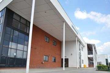 Madani Schools Federation - Leicestershire - 4 - SchoolHire
