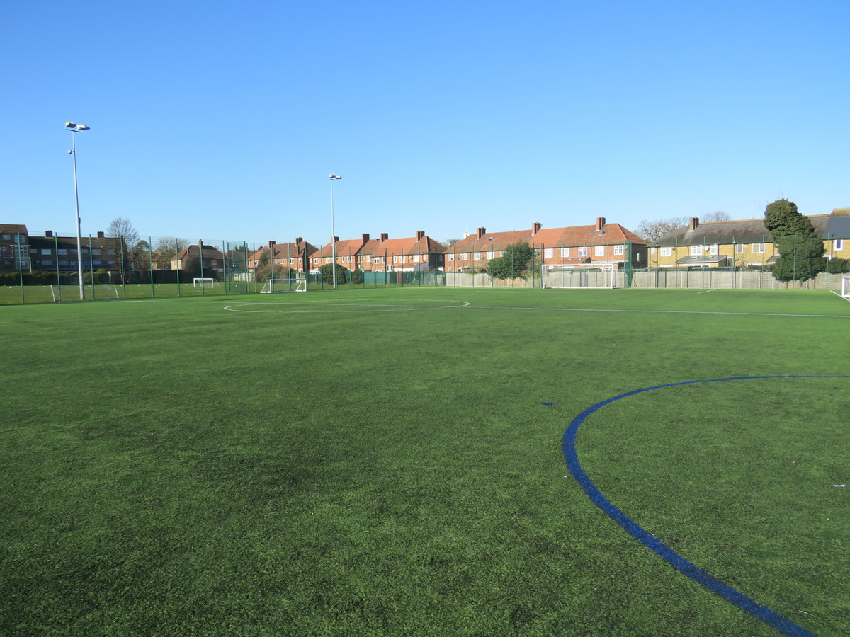 3G Football Pitch (SM5 2SE) - Carshalton Boys Sports College - Sutton - 2 - SchoolHire