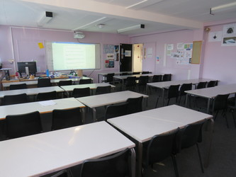 Classrooms - Carshalton Boys Sports College - Sutton - 2 - SchoolHire