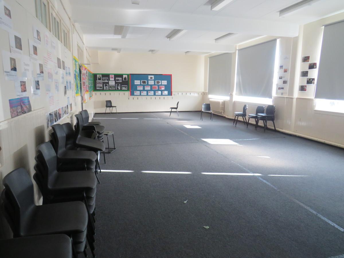 Drama Studio (Small) - Carshalton Boys Sports College - Sutton - 1 - SchoolHire