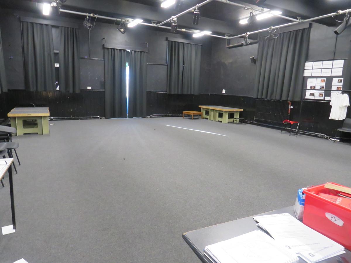 Drama Studio (Large) - Carshalton Boys Sports College - Sutton - 1 - SchoolHire