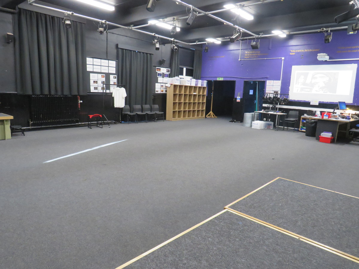 Drama Studio (Large) - Carshalton Boys Sports College - Sutton - 4 - SchoolHire