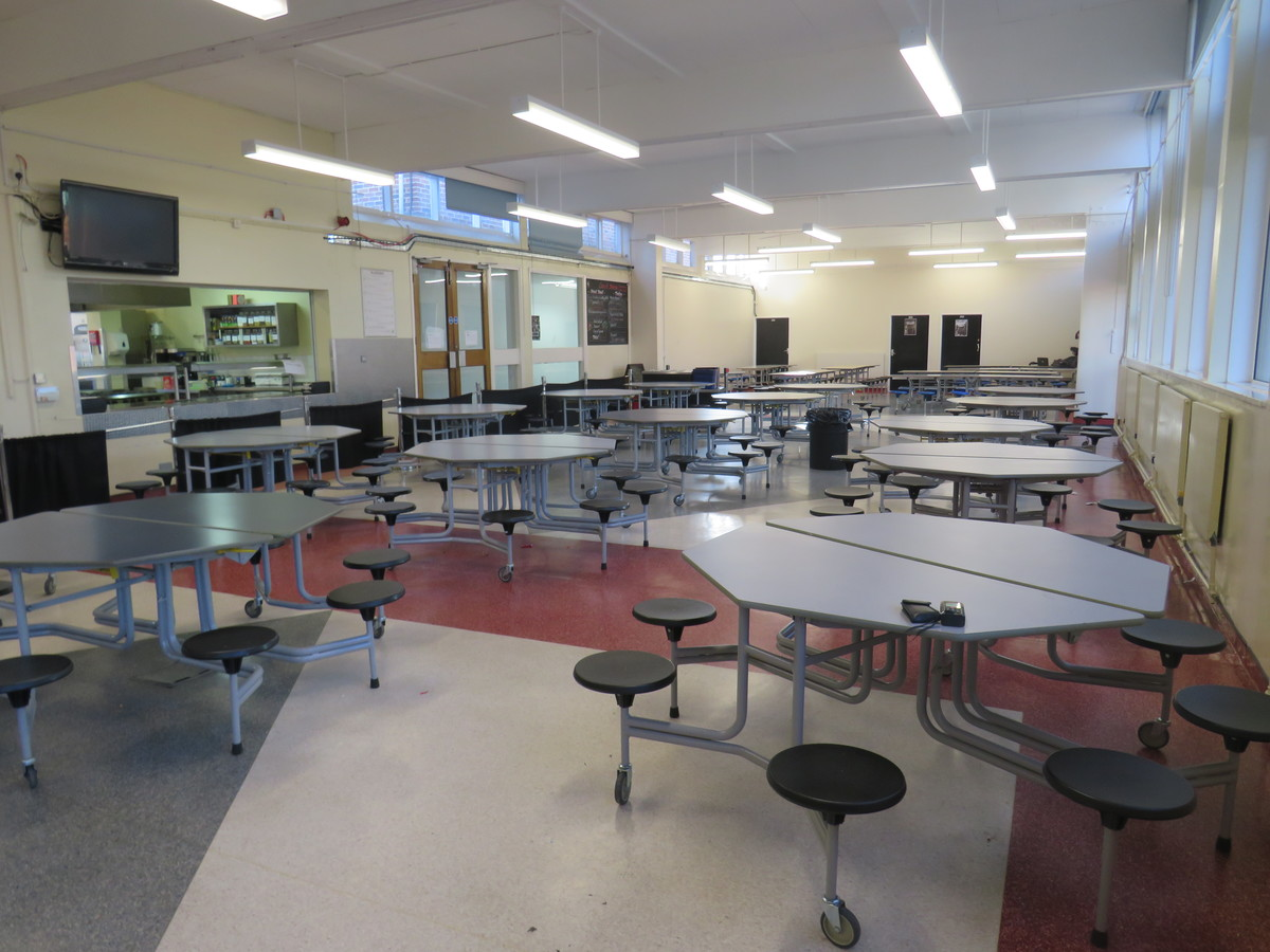 Dining Hall - Carshalton Boys Sports College - Sutton - 2 - SchoolHire