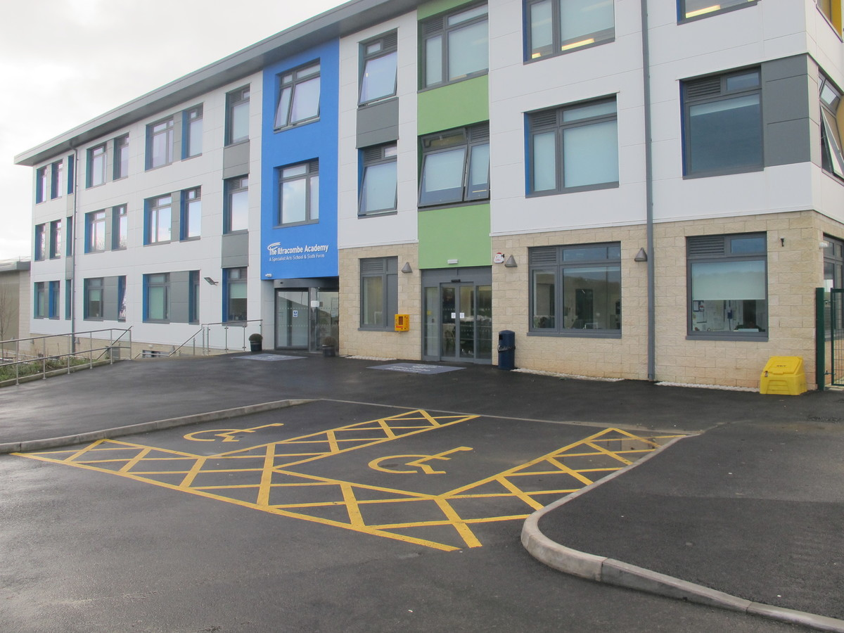 The Ilfracombe Academy - Devon - 1 - SchoolHire