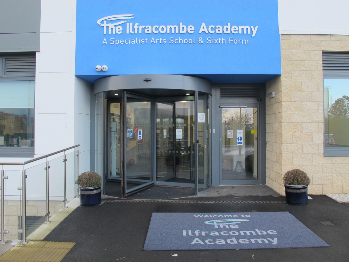 Conference Room - The Ilfracombe Academy - Devon - 1 - SchoolHire