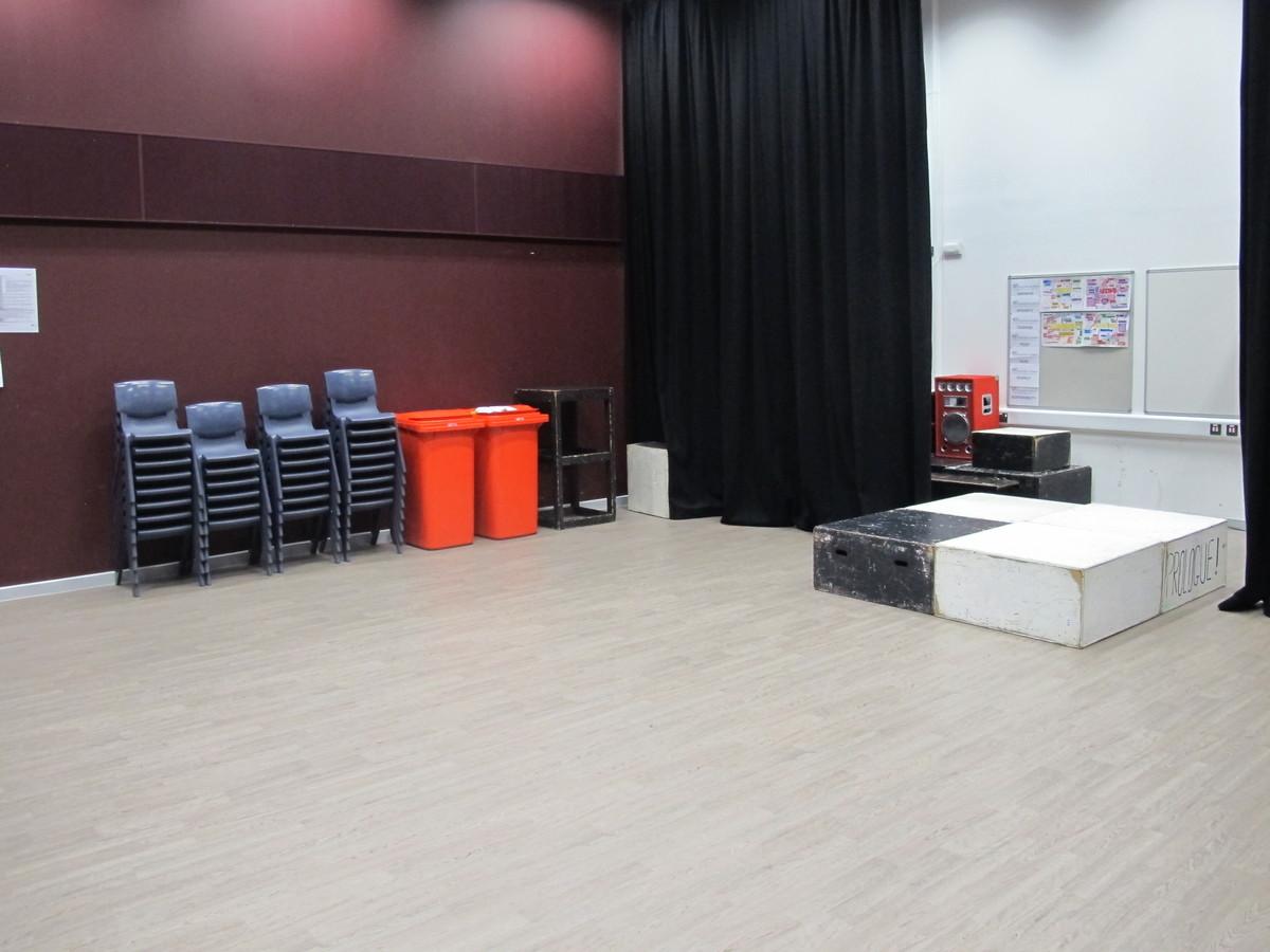 Drama Studio - The Ilfracombe Academy - Devon - 3 - SchoolHire