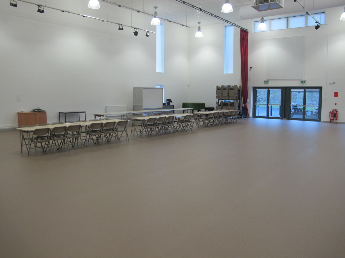 Main Hall - The Ilfracombe Academy - Devon - 3 - SchoolHire