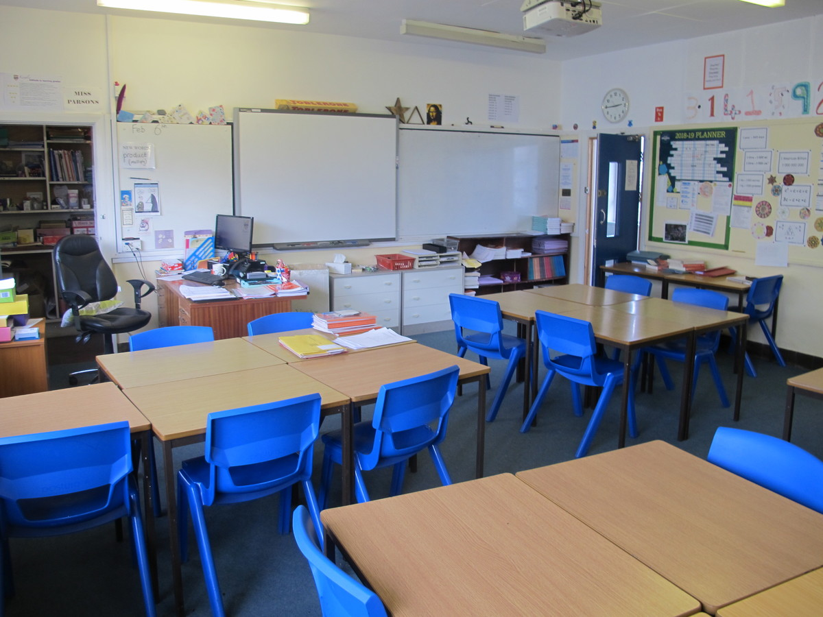 Classrooms - Northdown Block - Kingsley School Bideford - Devon - 1 - SchoolHire