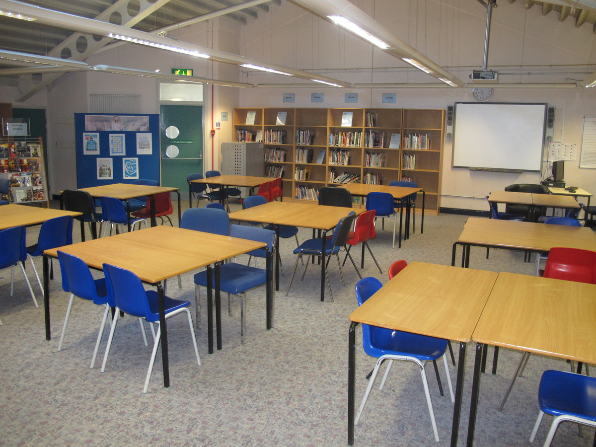 IT Suite - Firth Park Academy - Sheffield - 3 - SchoolHire