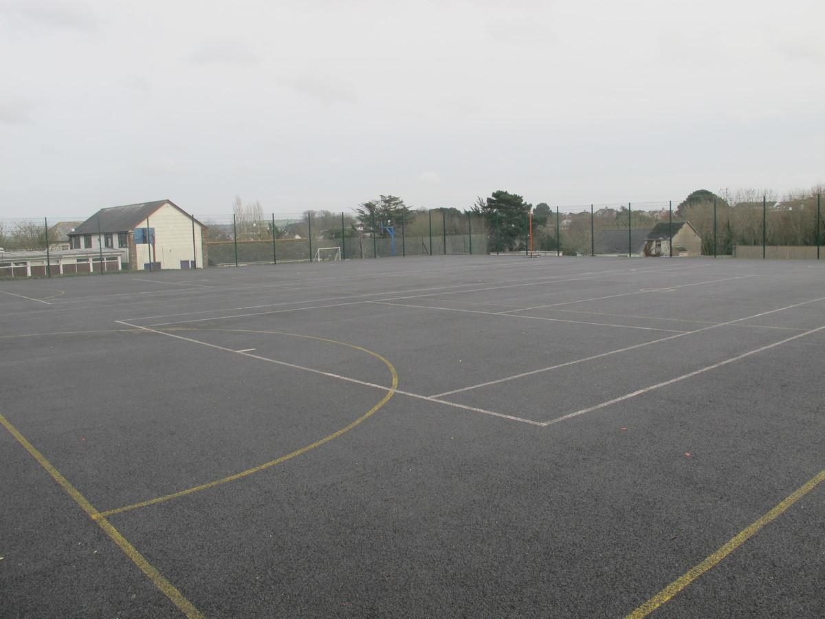 MUGA - Netball / Tennis - Kingsley School Bideford - Devon - 1 - SchoolHire