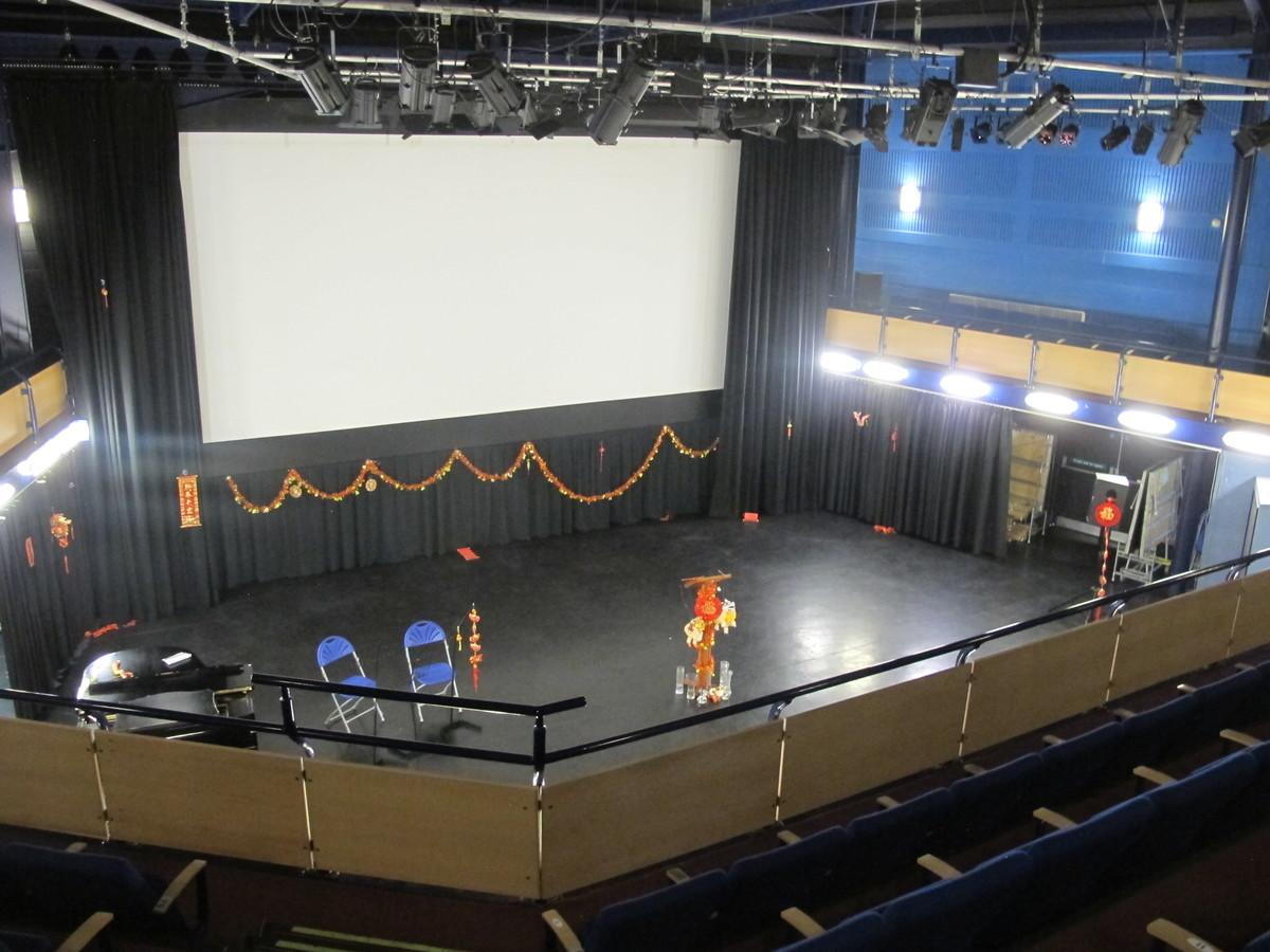 Theatre - Kingsley School Bideford - Devon - 1 - SchoolHire