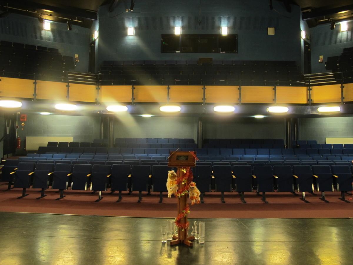 Theatre - Kingsley School Bideford - Devon - 3 - SchoolHire