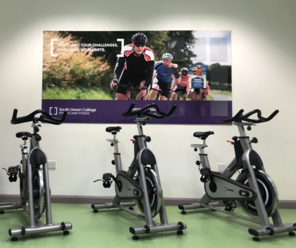 Indoor Cycling Room - South Devon College Sports and Fitness - Devon - 1 - SchoolHire