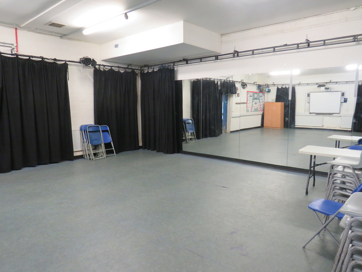 Drama Studio - Duke's Aldridge Academy - Haringey - 1 - SchoolHire