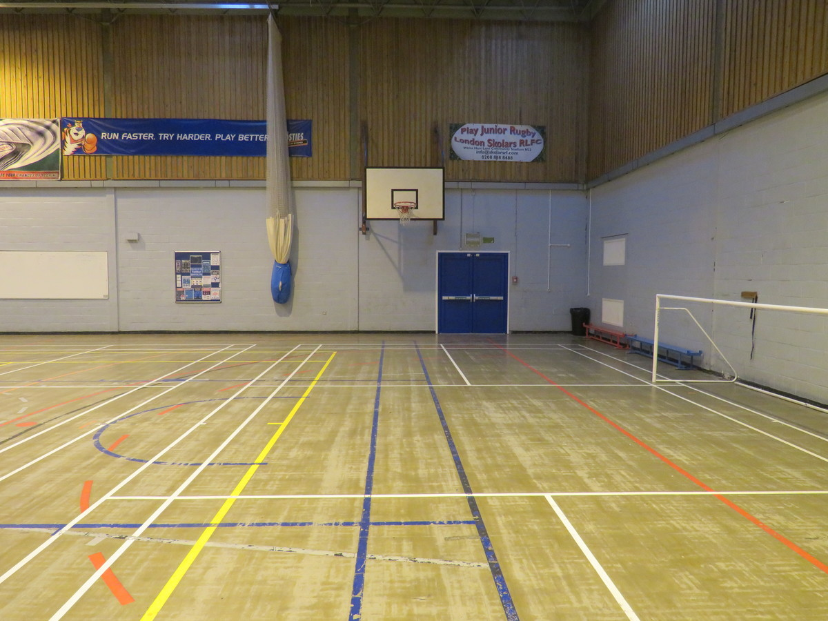 Sports Hall - Duke's Aldridge Academy - Haringey - 2 - SchoolHire