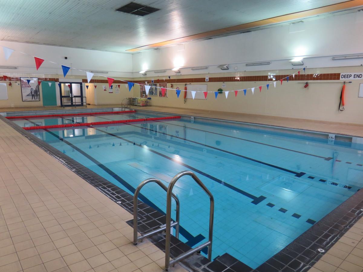 Swimming Pool - Duke's Aldridge Academy - Haringey - 3 - SchoolHire