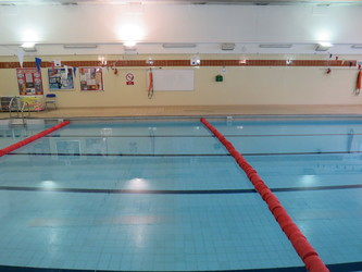 Swimming Pool - Duke's Aldridge Academy - Haringey - 4 - SchoolHire