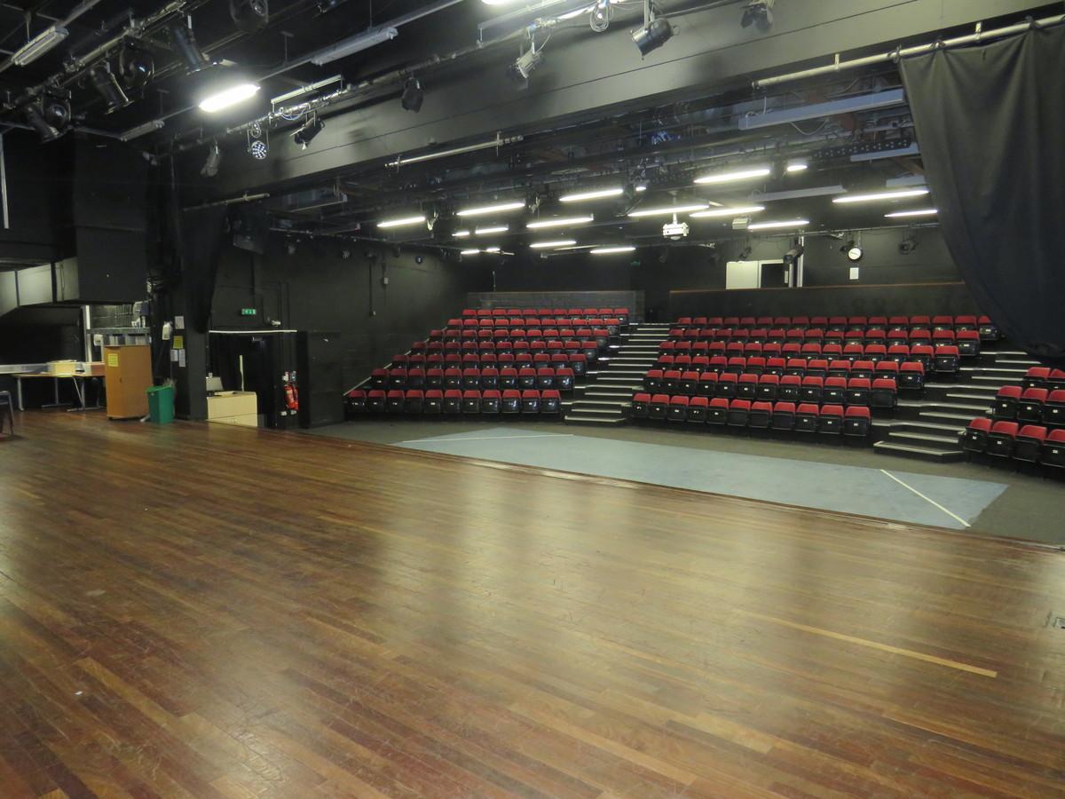 Theatre - Duke's Aldridge Academy - Haringey - 4 - SchoolHire