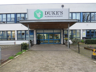 Duke's Aldridge Academy - Haringey - 1 - SchoolHire