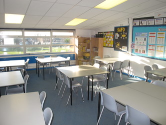 Classrooms - F Block - Firth Park Academy - Sheffield - 2 - SchoolHire