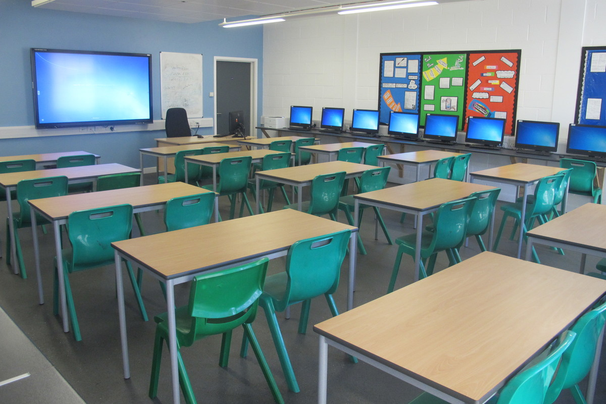 Classrooms - Standard - Slough & Eton College - Slough - 1 - SchoolHire