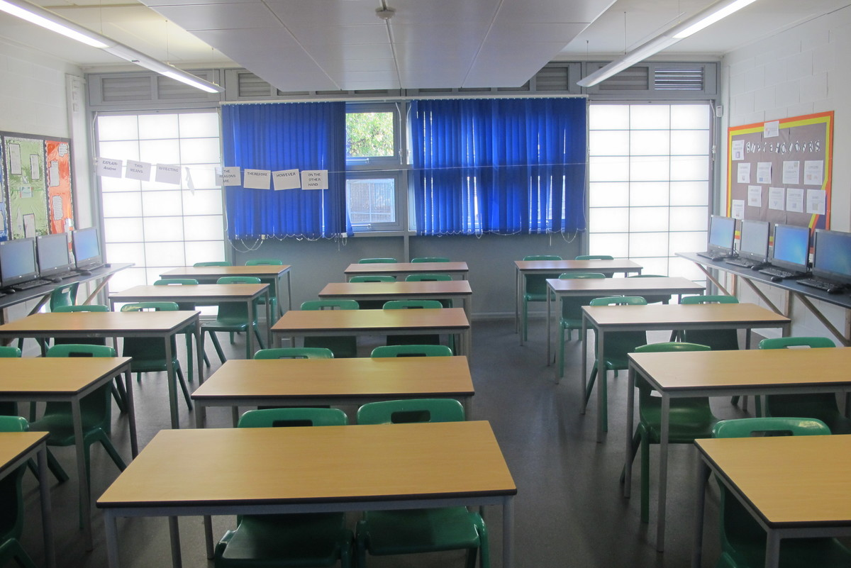 Classrooms - Standard - Slough & Eton College - Slough - 3 - SchoolHire