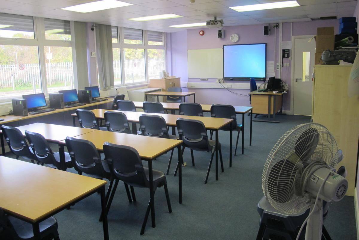 Classrooms - ALC - Slough & Eton College - Slough - 4 - SchoolHire