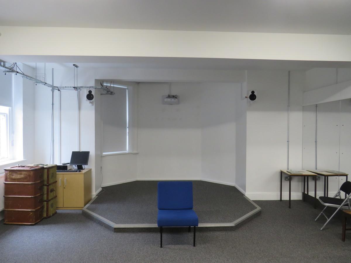 Drama Studio - Blackheath High School - Greenwich - 2 - SchoolHire
