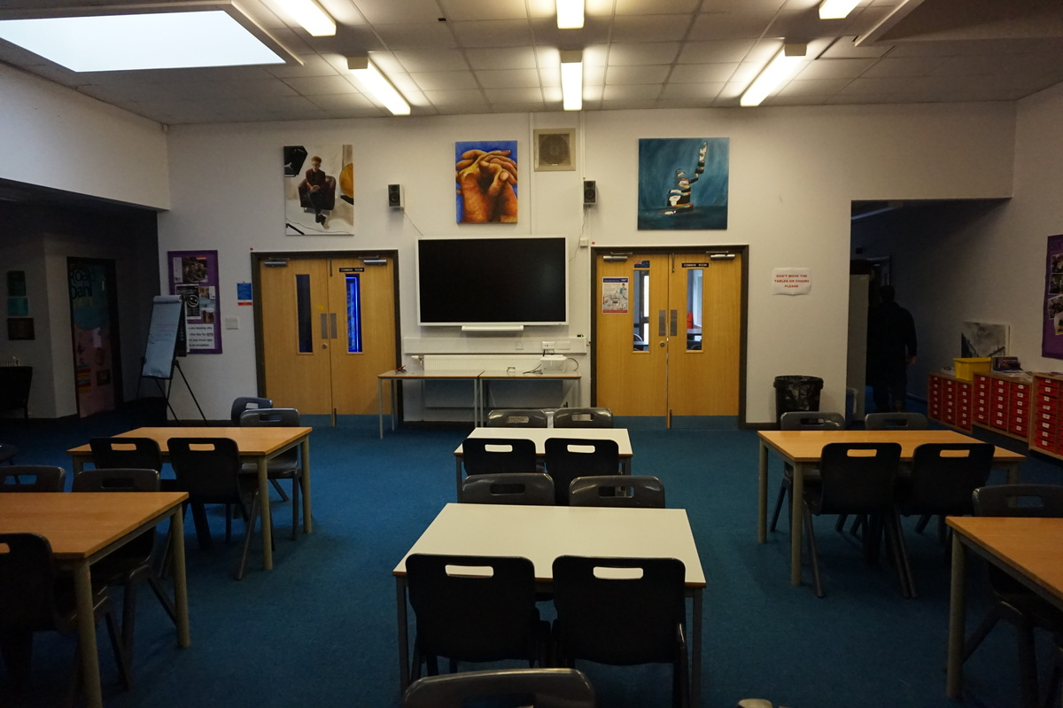 6th Form Atrium - The Littlehampton Academy - West Sussex - 3 - SchoolHire