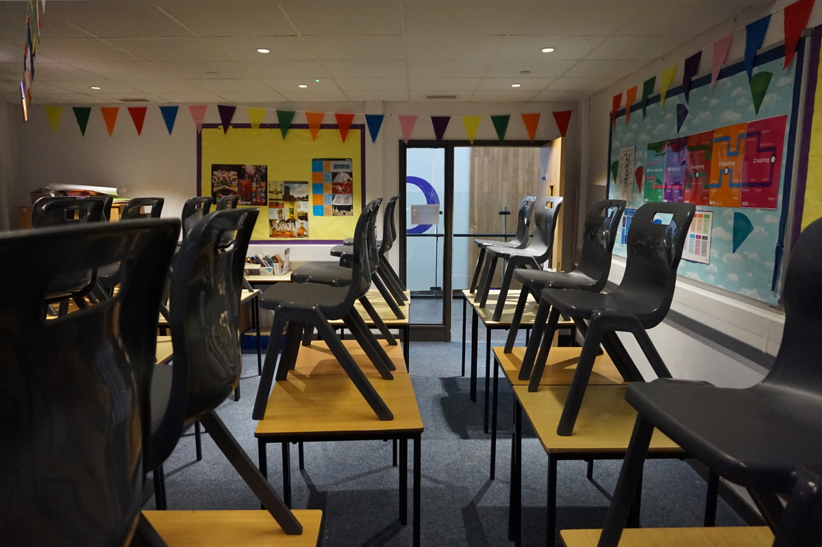Standard Classrooms - Main Building - The Littlehampton Academy - West Sussex - 1 - SchoolHire