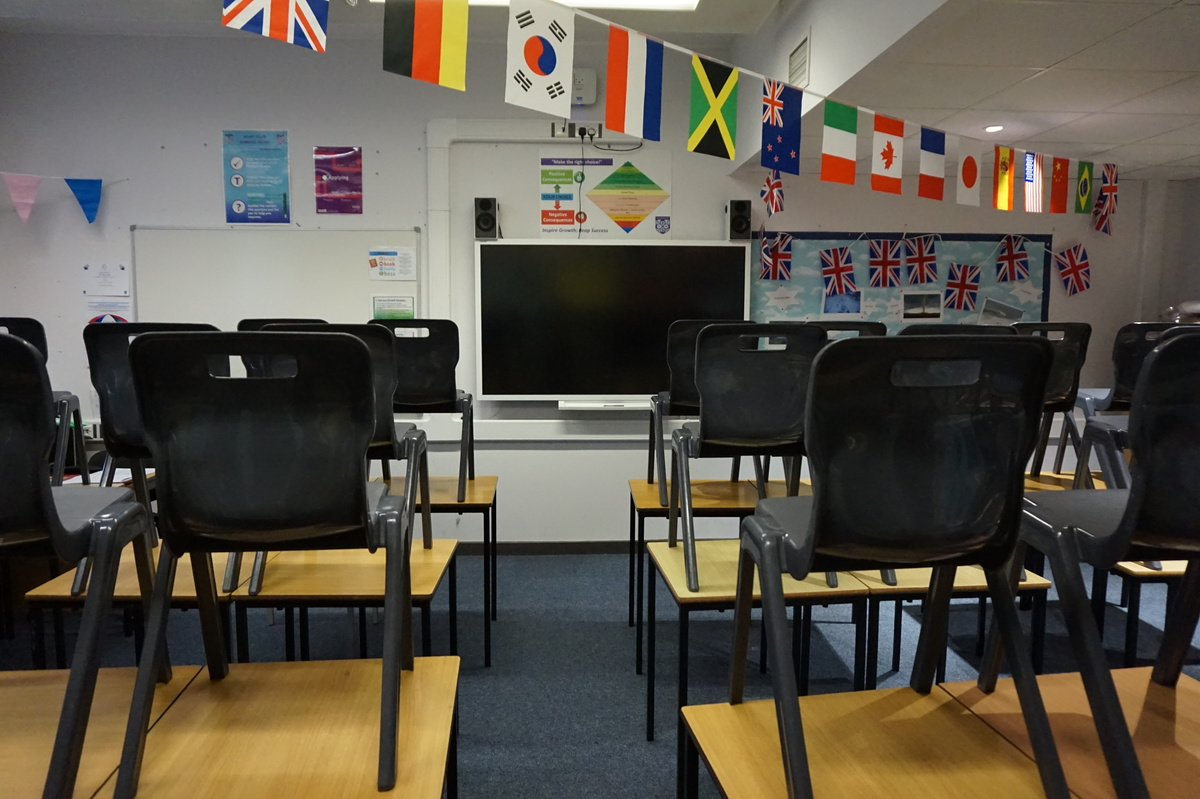 Standard Classrooms - Main Building - The Littlehampton Academy - West Sussex - 3 - SchoolHire