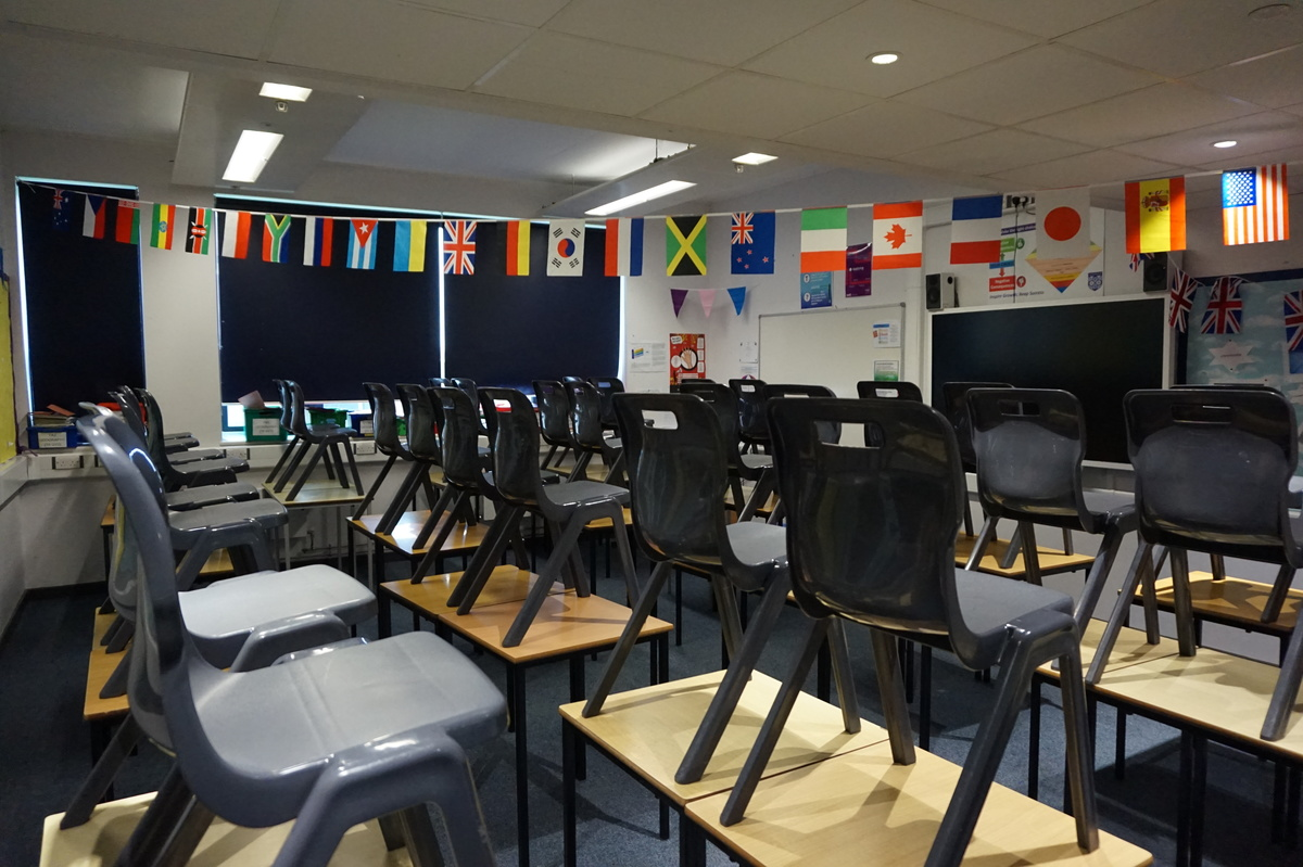 Standard Classrooms - Main Building - The Littlehampton Academy - West Sussex - 4 - SchoolHire