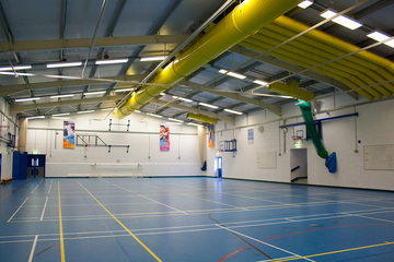 Sports Hall - Swanmore Leisure - Hampshire - 1 - SchoolHire