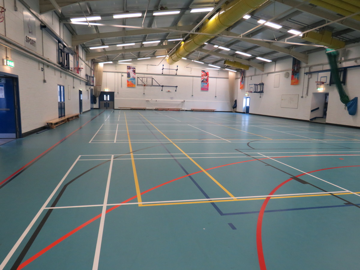 Sports Hall - Swanmore Leisure - Hampshire - 3 - SchoolHire