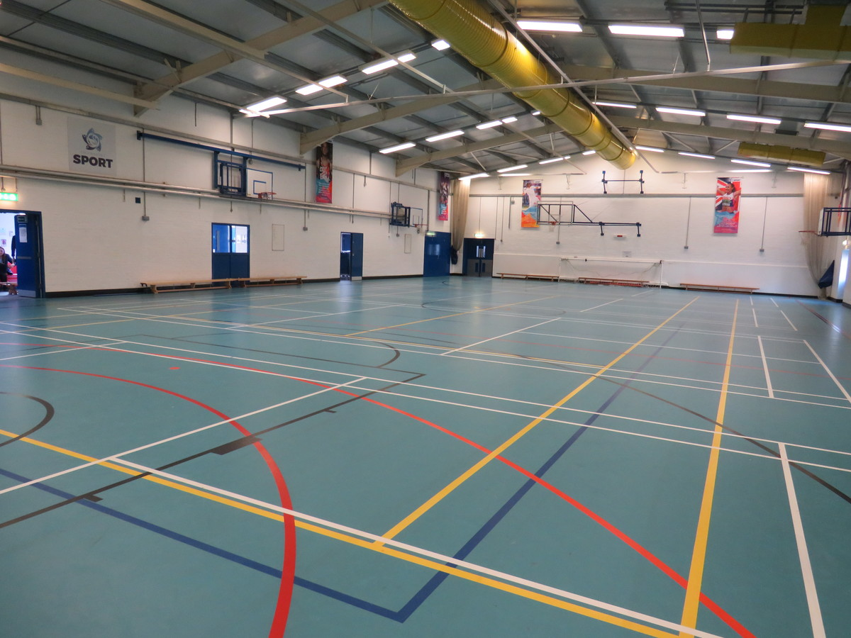 Sports Hall - Swanmore Leisure - Hampshire - 4 - SchoolHire
