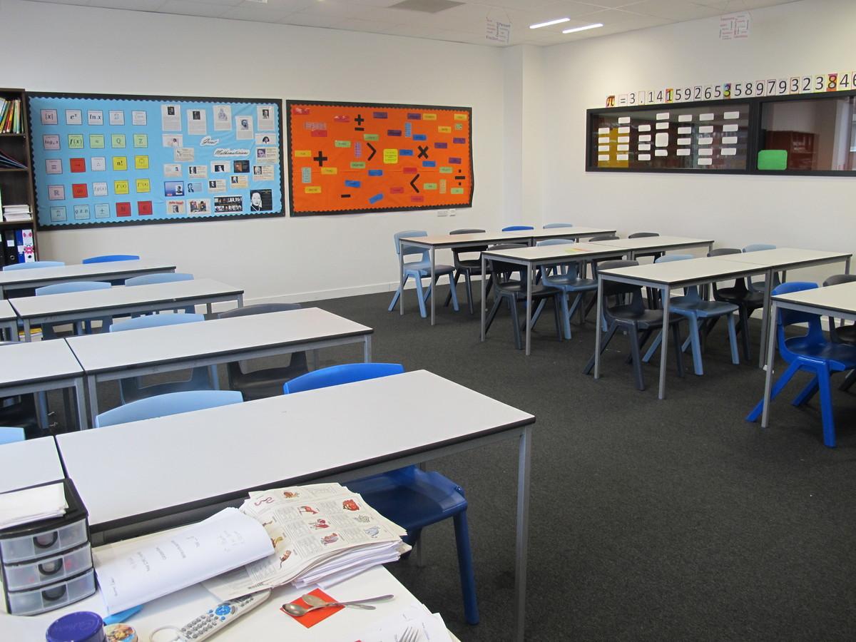 Classrooms - St John Bosco College - Wandsworth - 1 - SchoolHire