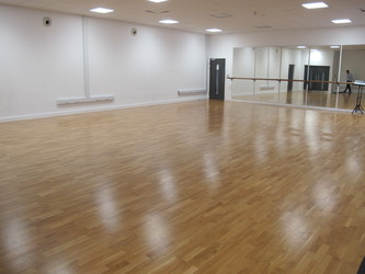 Dance Studio - St John Bosco College - Wandsworth - 1 - SchoolHire