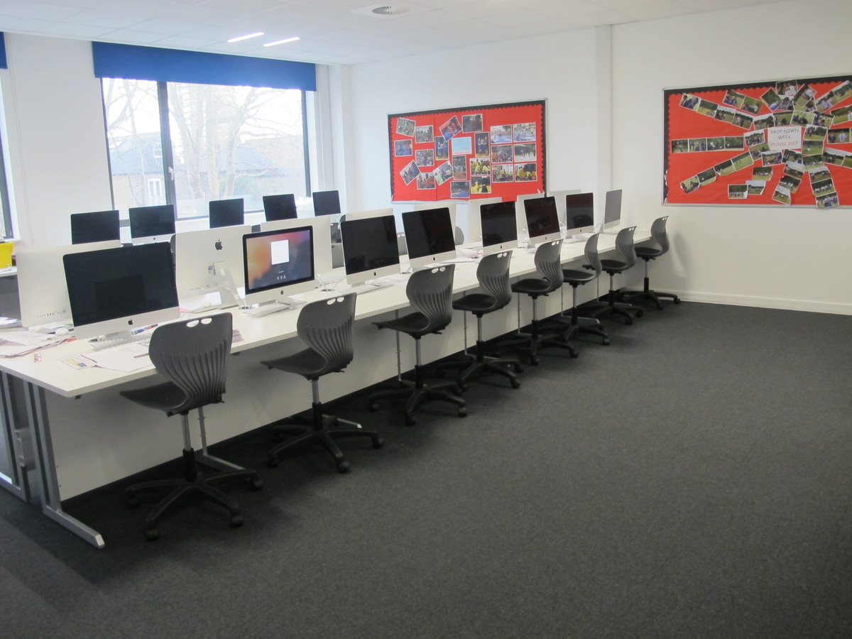 ICT Suites - St John Bosco College - Wandsworth - 1 - SchoolHire