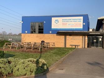 Swanmore Leisure - Hampshire - 1 - SchoolHire