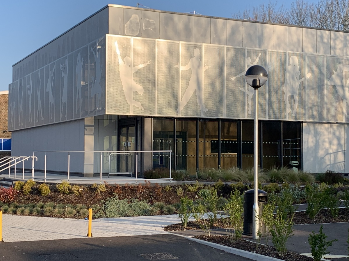 Performing Arts Studio - Swanmore Leisure - Hampshire - 2 - SchoolHire